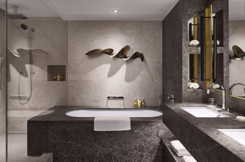Intercontinental Hotel, Park Lane Bathroom Suite