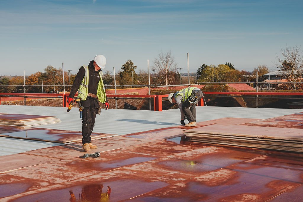 Manningtree High School, LIVE Construction site - Laying the Roof